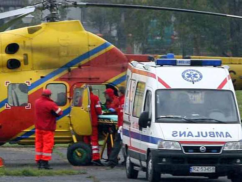 Wypadek pod Sanokiem. Ciężko rannych przetransportowano śmigłowcem
