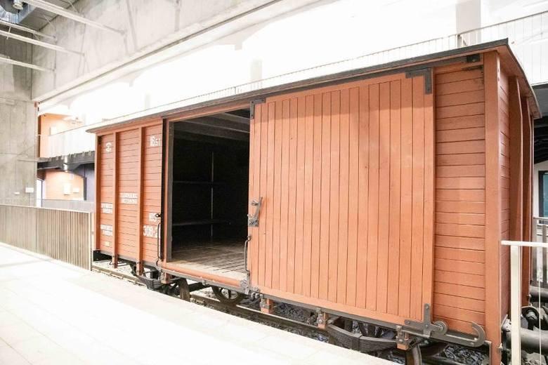 Jeden z głównych eksponatów Muzeum Sybiru - wagon tiepłuszka.
