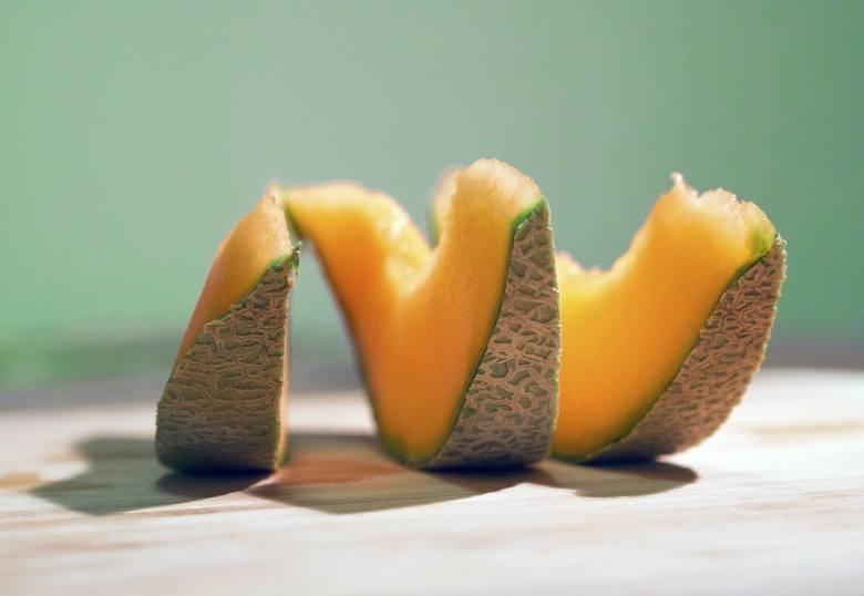 Kawałek melona to jedna z przekąsek diety DASH.