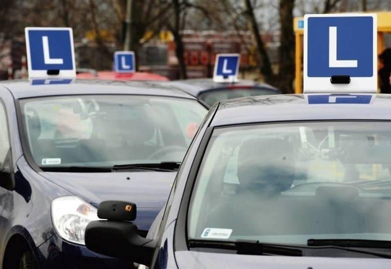 """Wiele wskazuje na to, że zmiany dla młodych kierowców, które miały wejść w życie 4 czerwca zostaną wprowadzone później. Jak podaje """"Rzeczpospolita"""""""