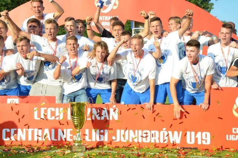 Lech Poznań w sezonie 2017/18 zdobył mistrzostwo Polski w Centralnej Lidze Juniorów U-19. Był to ostatni sezon przed reformą rozgrywek, gdzie z dwóch