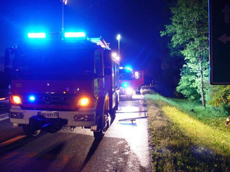 CPR informację o wypadku odebrało w niedzielę o godz. 21.52