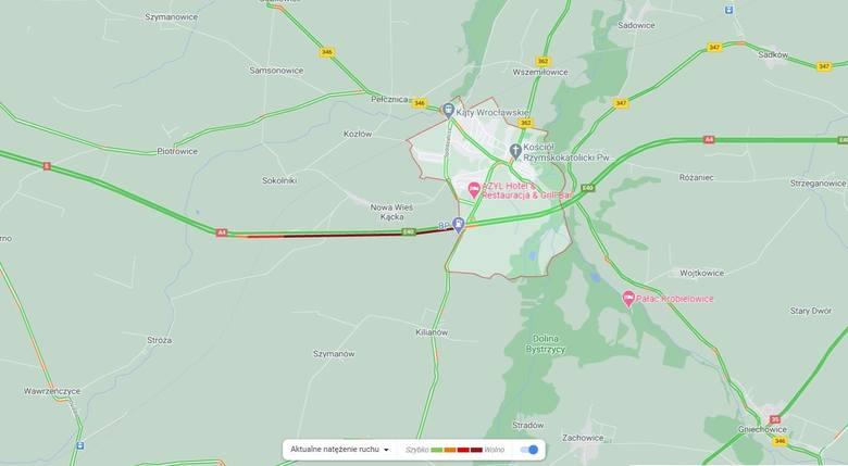 Bus i dwa samochody osobowe zderzyły się na autostradzie A4 pod Wrocławiem [ZDJĘCIA]