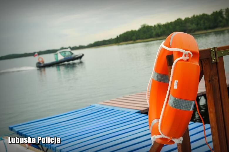 Na lądzie, w wodzie i z powietrza. Wspólne działania lubuskich służb w czasie wakacji