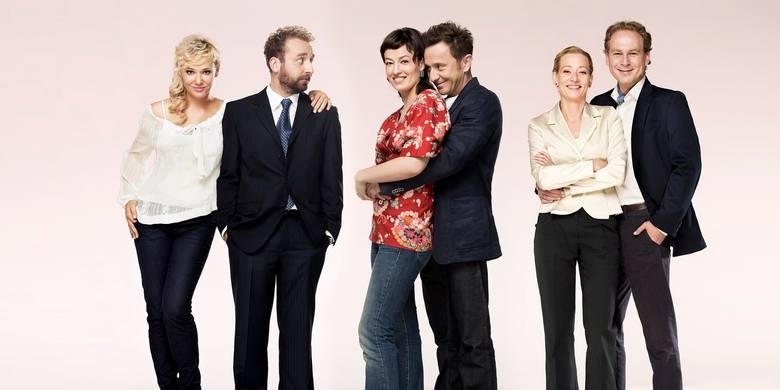 """Tak bohaterowie serialu """"Usta usta"""" wyglądali w pierwszych trzech sezonach. Po 9 latach przerwy powraca na ekrany!"""