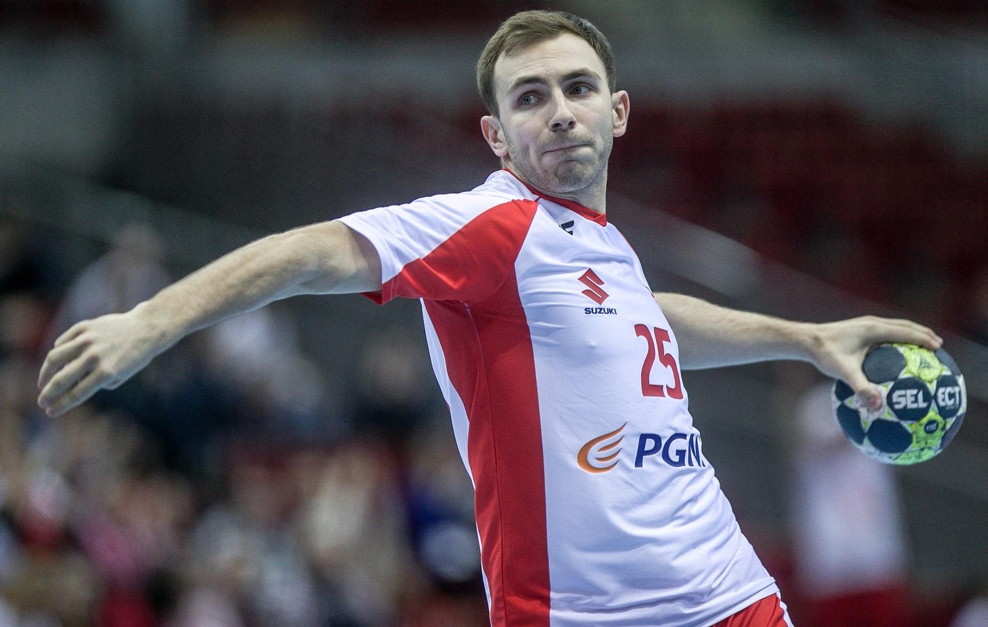 b3513053e Polska męczyła się z Kosowem w pierwszym meczu turnieju preeliminacji  mistrzostw świata piłkarzy ręcznych. Świetny Moryto (3.99/12)