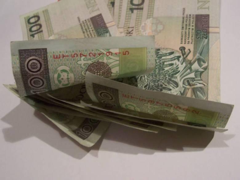 Ile zarabiają radni w Świebodzinie (fot. swmikolaj2/sxc.hu)