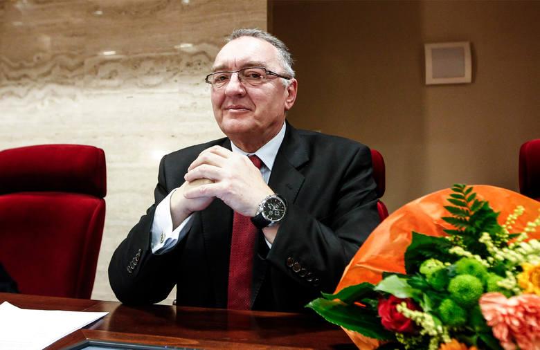 Najbogatszym radnym wojewódzkim jest zdecydowanie Stefan Bieszczad (Prawo i Sprawiedliwość), który prowadzi własną firmę.