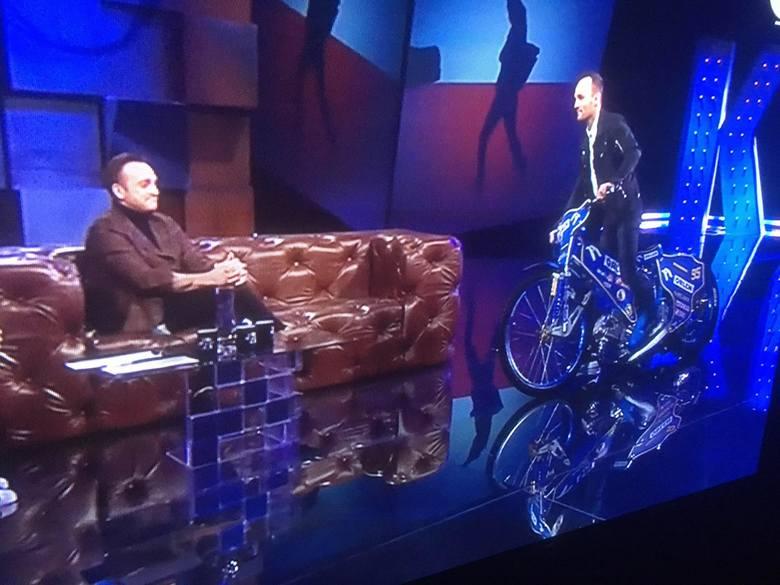 Bartosz Zmarzlik u Kuby Wojewódzkiego: - Lubię pranko, mam dwie kaczki. Najpierw rozbiorę dziewczynę, a po niej motor!