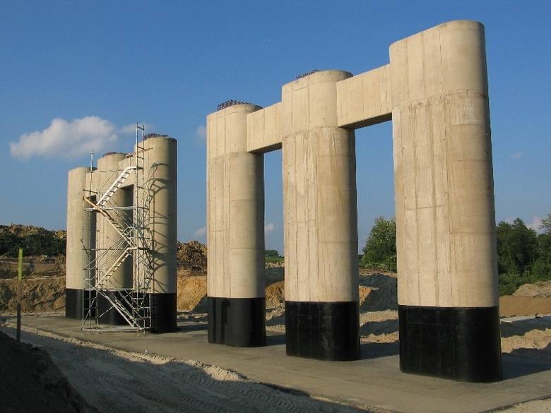 Budowa autostrady A4 w okolicach Radymna.