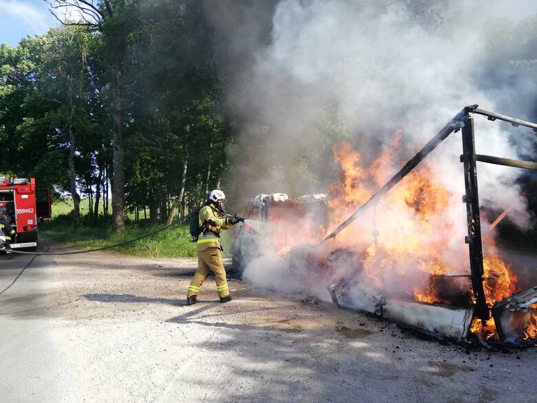 Pożar samochodu w gm. Połczyn-Zdrój