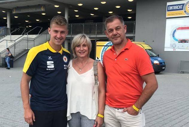 Znakomite recenzje zbiera w Niemczech 25-letni Martin Kobylański, syn Andrzeja Kobylańskiego, wicemistrza olimpijskiego z Barcelony, który mieszka w