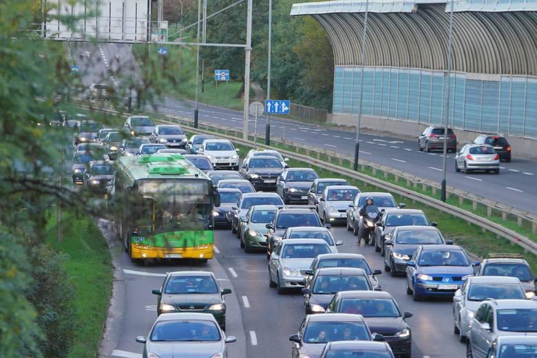 Jednym z problemów Poznania jest transport, korki, kłopoty z poruszaniem się po mieście.