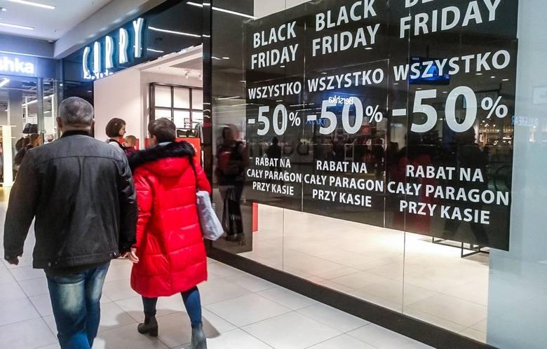 Black Friday, czyli czarny piątek odbędzie się 29 listopada 2019. Zaraz po nim sprzedawcy organizują Black Weekend, czyli kolejne dwa dni zniżek i promocji.