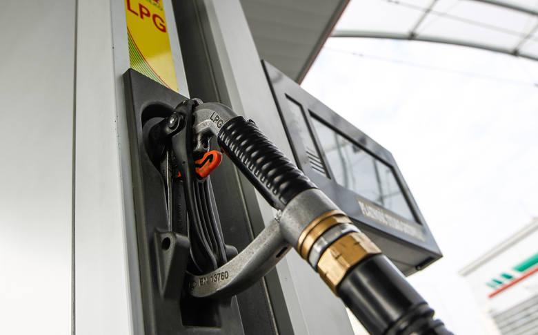 Aktualne ceny paliw w regionie (notowanie z 03.04). Podane ceny to kolejno: benzyna Pb95, diesel i gaz LPG.KROSNOLotos, ul. Podkarpacka4,49 zł4,49