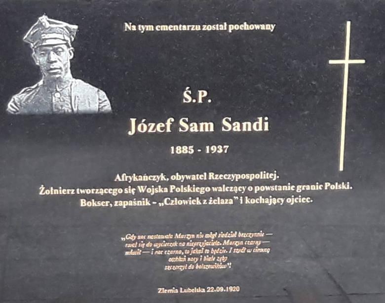 Tablica na Cmentarzu Górczyńskim jest już zamontowana. Jej odsłonięcie nastąpi w przyszłą sobotę, 22 grudnia