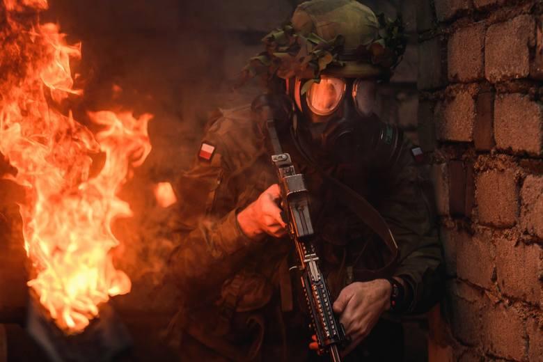 Kolejna grupa żołnierzy międzyrzecko-wędrzyńskiej brygady przygotowuje się do misji w Rumunii. Ostatnio przeszli sprawdzian z działań bojowych.W drugiej