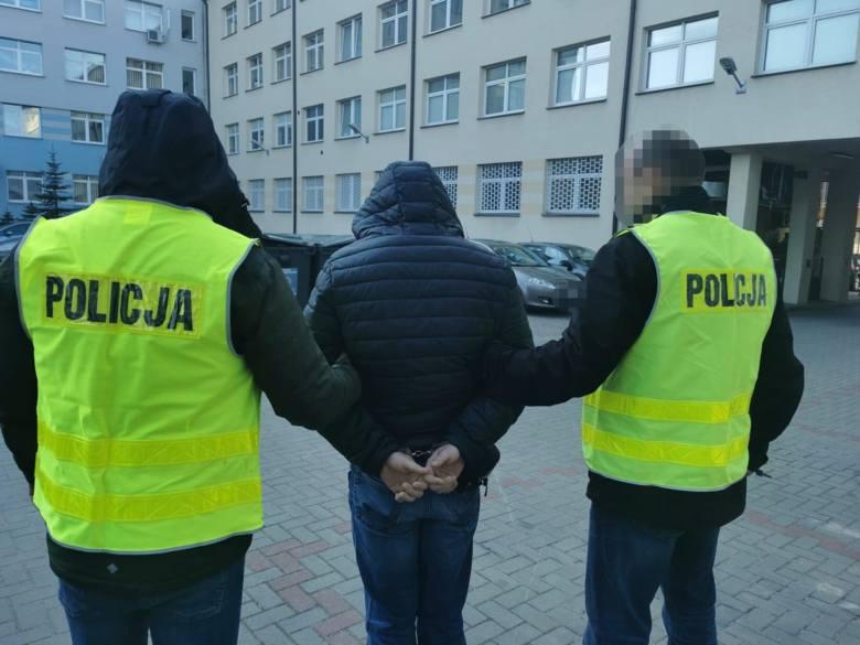 Białystok. Trzy osoby pobiły 51-latka. Podejrzanych zatrzymała policja [ZDJĘCIA]