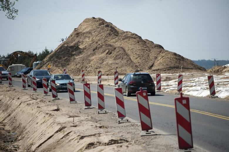 """W naszym regionie trwa budowa obwodnicy Koszalina i Sianowa w ramach realizacji drogi ekspresowej S6. W piątek odwiedziliśmy plac budowy. Zobaczcie zdjęcia i wideo.<br /> <br /> <iframe width=""""560"""" height=""""315"""" src=""""https://www.youtube.com/embed/-ntEPqc0I18"""" frameborder=""""0""""..."""
