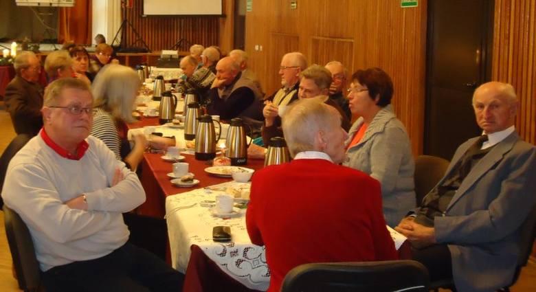Związek Byłych Mieszkańców Kluczborka już od dwudziestu lat organizuje spotkania adwentowe w Heimacie. W tym roku w Wołczyńskim Ośrodku Kultury przy