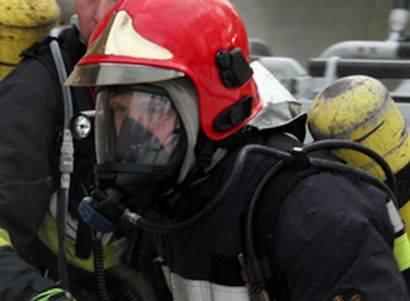 Strażacy zabezpieczyli miejsce zdarzenia.