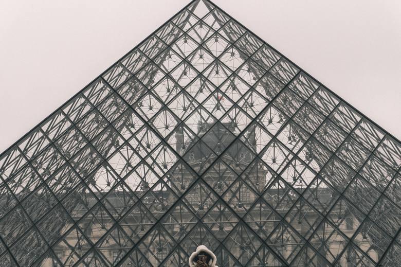 """Grand Travaux - ikony architektury. Wielkie dzieła prezydenckie. """"Dobrze zaprojektowane"""" Anny Dudzińskiej"""