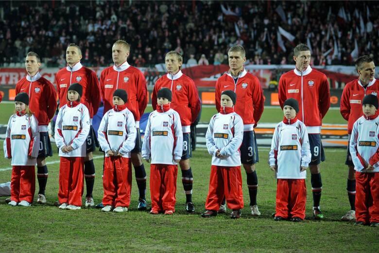 Reprezentacja Polski dziesięć razy grała oficjalne mecze z Hiszpanią w swojej historii i wygrała tylko raz, a we wszystkich tych starciach ustrzeliła