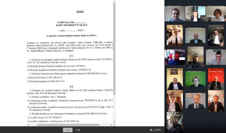 W Skale odbyła się pierwsza zdalna sesja. Radni łączyli się przez internet i głosowali po imiennym wywołaniu