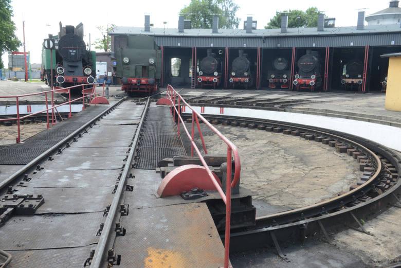 Szlakiem skarbów. Czy wiecie, że w latach 30. pociągi jeździły w Lubuskiem 160 km/h?