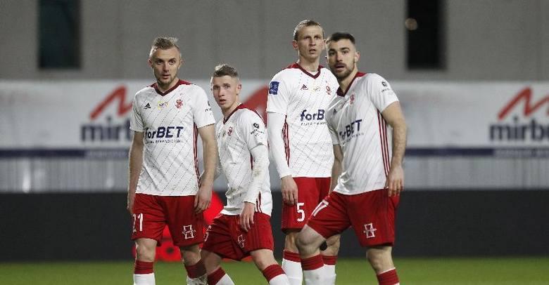 Najgorszy sezon w historii występów ŁKS w piłkarskiej elicie?