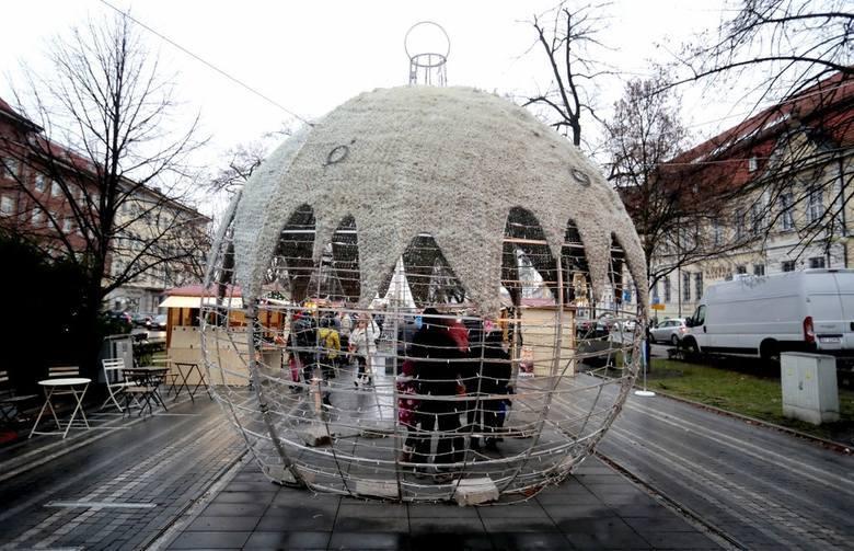 W Niemczech już można bawić się na bożonarodzeniowych jarmarkach. W Szczecinie pierwszy rozpocznie się 8 grudnia.Zobaczcie, gdzie i kiedy będzie można