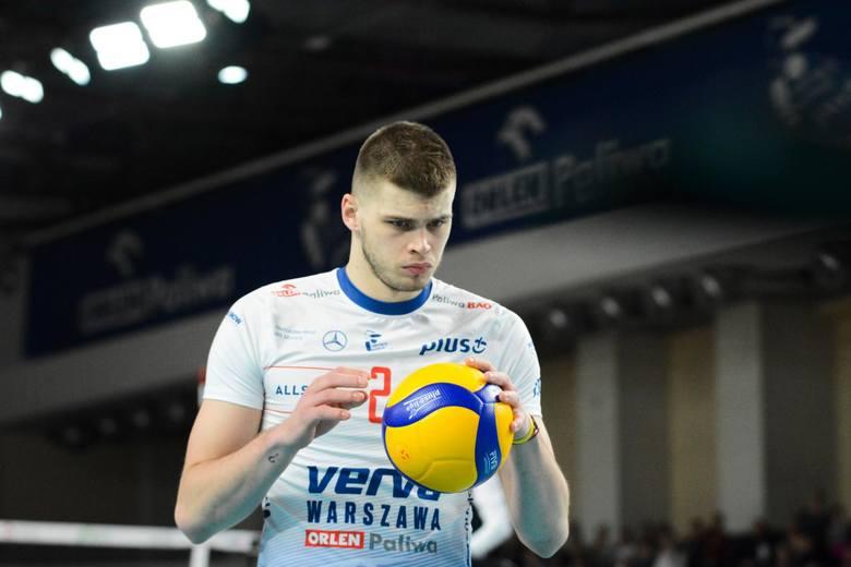 Bartosz Kwolek (24 lata)przyjmujący, reprezentant Polskiobecny klub: Verwa Warszawa Orlen Paliwanajwiększy sukces: mistrz świata 2018