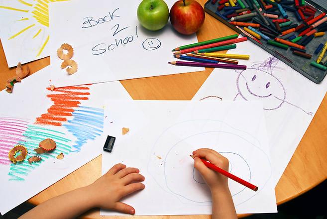 Wahasz się, czy posłać dziecko do przedszkola? Poznaj opinię psychologa