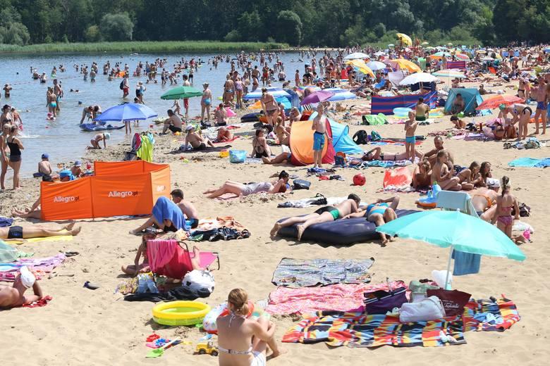 Pogoda na wakacje 2019: długoterminowa prognoza pogody na lato. W wakacje Polskę czekają upały, burze i susze?