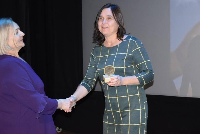 Towarzystwo przyjaciół Dzieci w Skierniewicach obchodzi jubileusz 100-lecia działalności. Z tej okazji w Kinoteatrze Polonez odbyła się uroczysta gala.