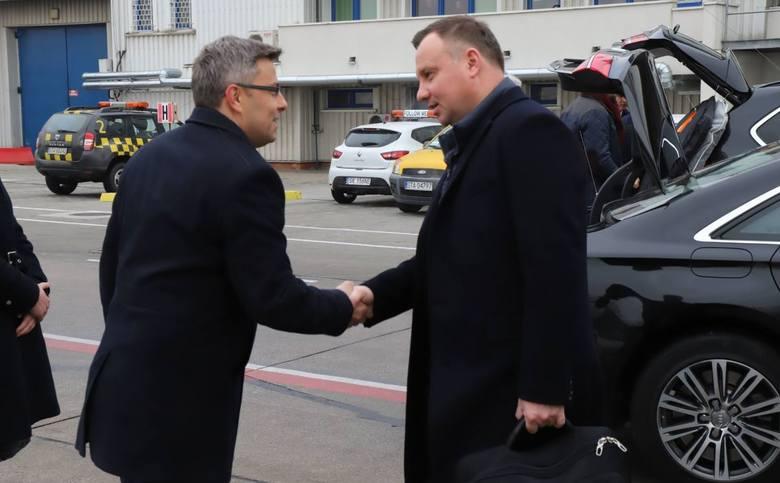 Pierwszy dzień COP24 Szczytu Klimatycznego ONZ w Katowicach. Prezydent Andrzej Duda przyleciał z Warszawy