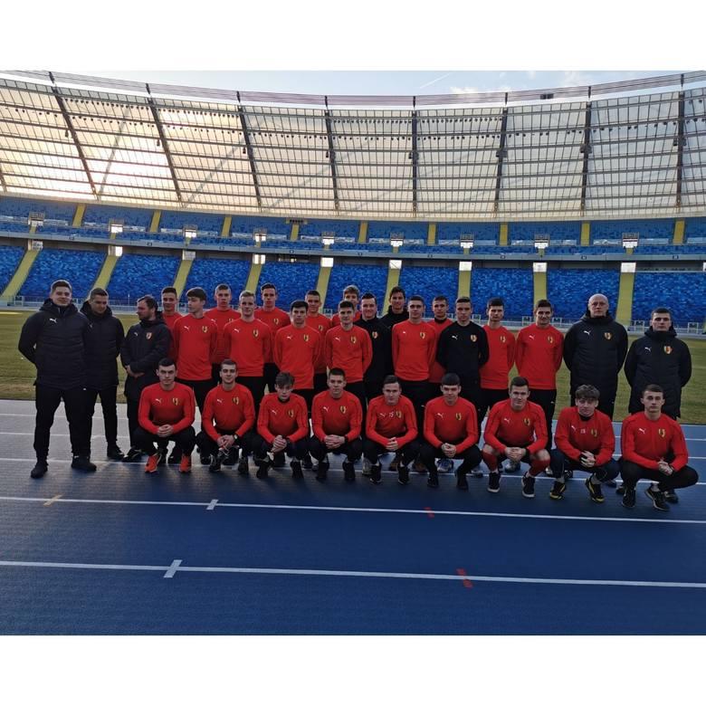 W dniach 2-8 lutego drużyna Korony Kielce występująca na co dzień w rozgrywkach Centralnej Ligi Juniorów do 18 lat przebywała na obozie sportowym w Chorzowie.
