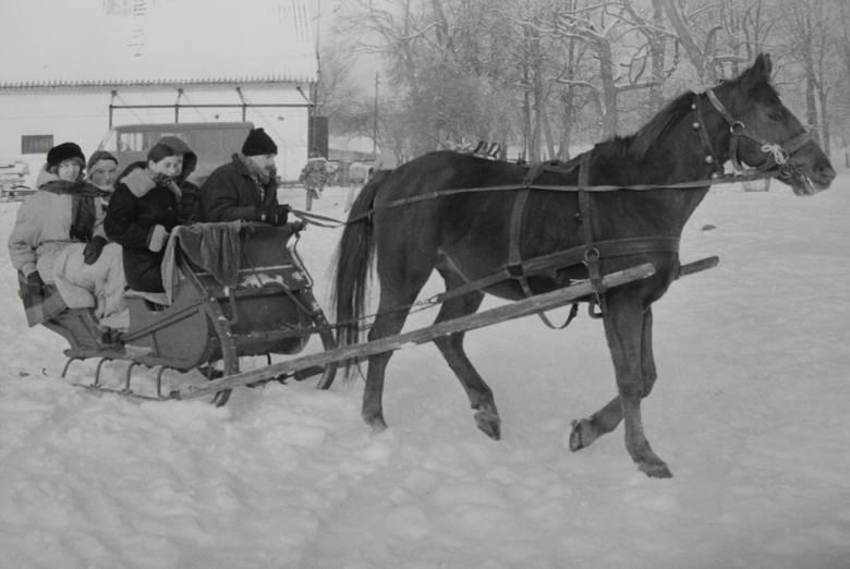 Otwieramy nasze archiwum i przypominamy jak kiedyś wyglądały zimy w naszym regionie. Jest co wspominać!