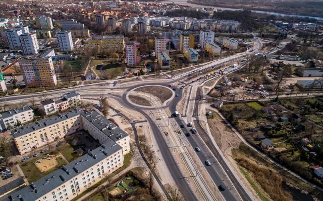 Miejski Zarząd Dróg w Toruniu ogłosił przetarg na opracowanie dokumentacji projektowo-kosztorysowej wraz z przebudową kolejnego placu w Toruniu. Wszystko