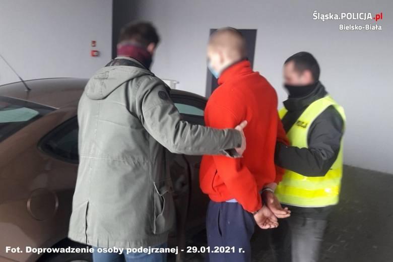 Sprawcy pierwsze usłyszeli zarzuty w sprawie 80 kradzieży. Potem okazało się, że są odpowiedzialni także za kilkanaście innych.Zobacz kolejne zdjęcia.