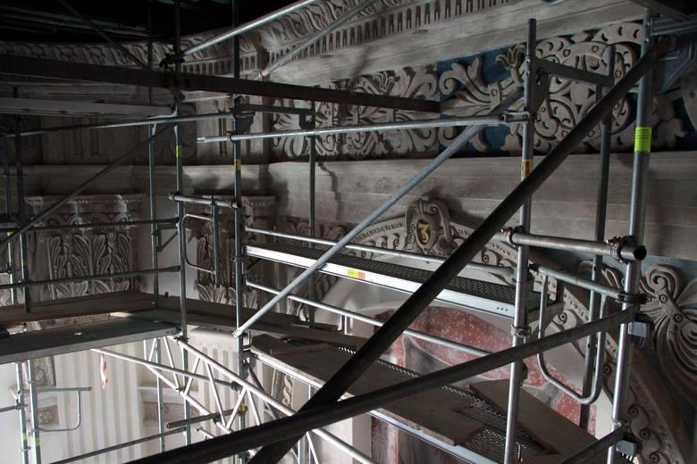 Kaplica Firlejów widziana z poziomu rusztowań.