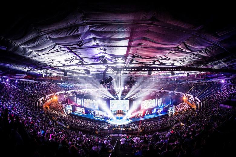 Intel Extreme MastersIntel Extreme Masters - tegoroczna impreza w katowickim spodku była niezwykle udana