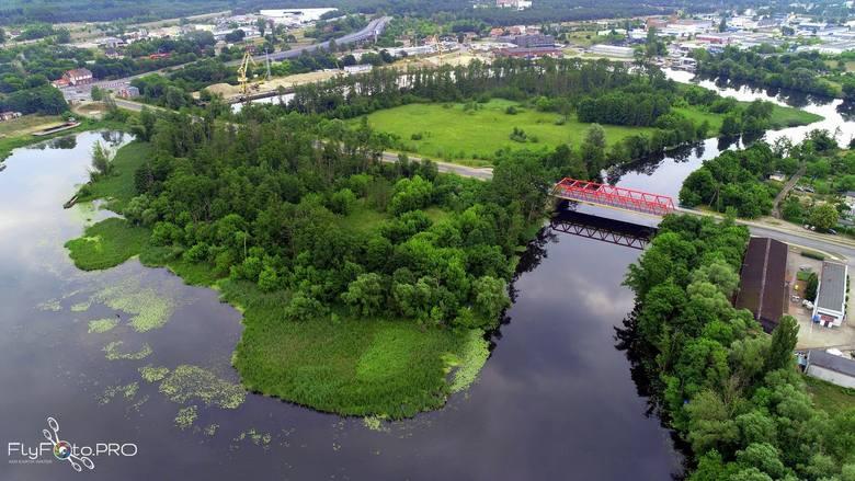 Wyspa na Zimnych Wodach – wyspa rzeczna w Bydgoszczy, o powierzchni 11,3 ha (450 m x 250 m). Wyspa jest częściowo zadrzewiona lasem łęgowym. W centralnej