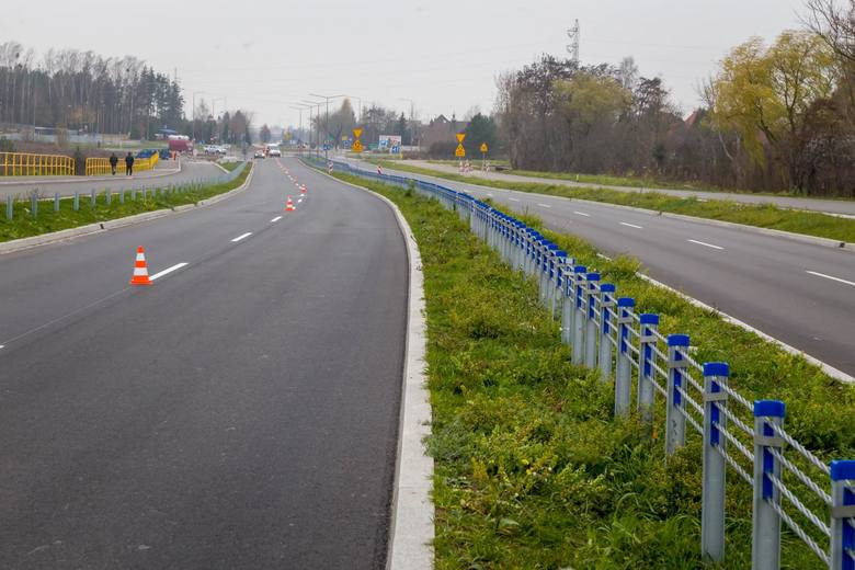 Droga Białystok - Supraśl jest już przejezdna. Trwają prace wykończeniowe