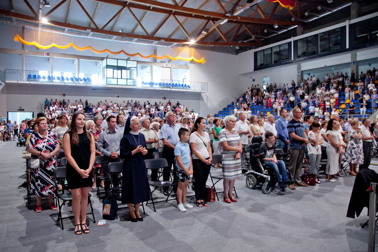 """Festiwal """"Kolory Życia"""" w Nysie. Zabawa, refleksja, rozmowa gromadzą tysiące ludzi"""