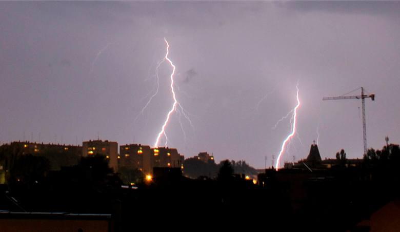 Uwaga! Przez Małopolskę mogą przejść burze z gradem