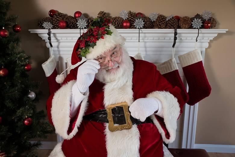 Święty Mikołaj z uwagą przysłuchuje się naszym prośbom. Większość z nas chce, by przyniósł nam zdrowie i normalność