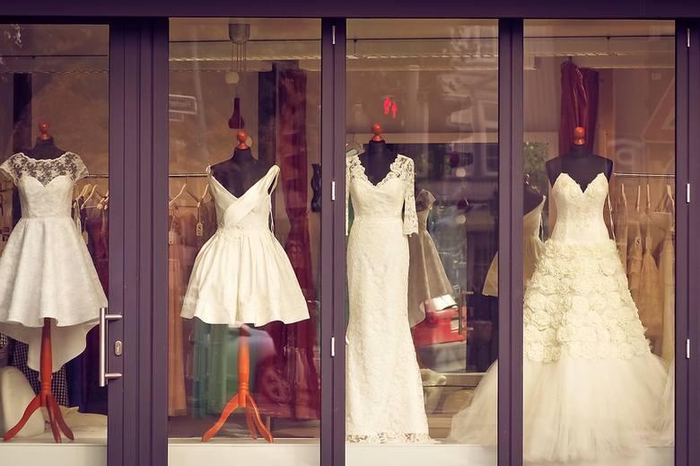 Jak dobrać idealną suknię ślubną, która podkreśli atuty naszej sylwetki? Sprawdź, która sylwetka będzie najlepiej pasowała do Ciebie. Stylistka Basia