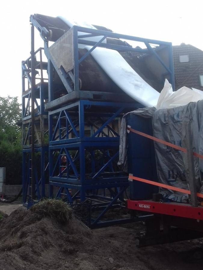 Bielsk Podlaski. W mieście trwa bezwykopowa naprawa kanałów sanitarnych (zdjęcia)