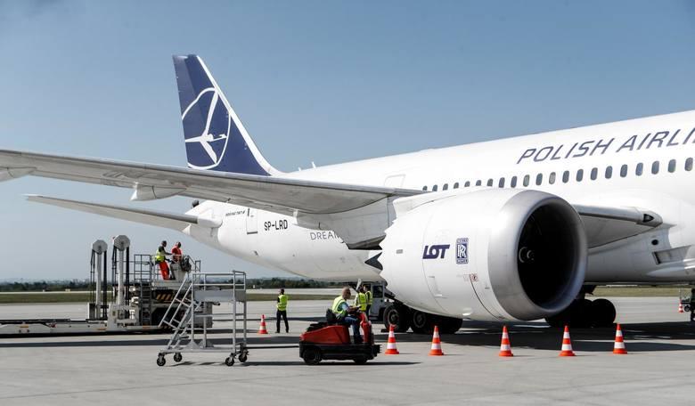 30.04.2018 jasionka inauguracja polaczenia rzeszow lotnisko newark nowy jork lot boing 787 dreamliner  fot krzysztof kapica
